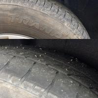 タイヤ交換時期について フリード(2015年式/GB3)に乗っています。 現在35000kmほどで昨年初回車検を受け、その際にバッテリーは交換しました。 先日オートバックスに行った際にタイヤの交換を勧められたので...