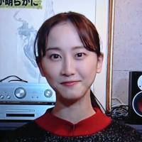 元SKEの松井玲奈さんは ハゲてこういう髪型になってしまったんですか?  それともこれがイケてると思って 敢えてこういう髪型にしてるんですか?