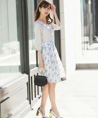 レディースファッション雑誌、 美人百花って、もう取り扱っていないですか? 韓国系のヨンアの、Oggiとも違う傾向で。