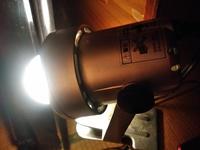 これは今使っている電球でE17口金というものです。 これより大きいもの(E26口金)があります。  E17口金と、E26口金の用途は何ですか?