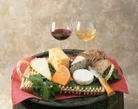 美味しいワインと 美味しいチーズと 美味しいパン… そんな食事はお好きですか?