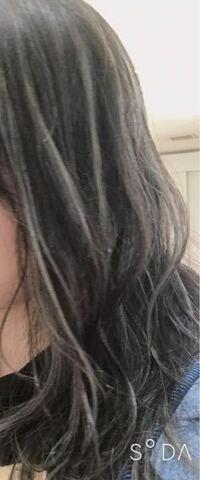 紫シャンプーについて。今カラタスのムラシャンを使っているのですが、どれくらい放置すればいいですか?またトリートメントもどれぐらい放置するのが良いのでしょうか?? 今の髪色はこんな感じです