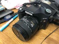 カメラのレンズについてです。 pentaxのk200と書かれたカメラに使用していたレンズはニコンd5600で使用できるでしょうか? ニコンd5600を購入したばかりでカメラの知識はありません。 d5600は付属のレンズを使用...