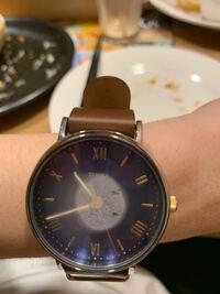 腕時計の内側が湿気で曇っちゃったんですけど、どうすればいいですか?