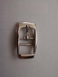このタイプの尾錠の取り付け方を教えてください。参考サイトや動画などでもかまいません。