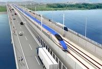 福井県に九頭竜橋という 道路・新幹線併用橋がつくっています。 これは北陸新幹線が通いますが いくつか疑問があります。 ① 道路と道路の間に新幹線があり その間は隙間がありますかね? ② 道路と新幹線の間に仕切りがある みたいですが 周囲に民家はありませんよ? なんで建てるんですか? 特に道路側。 いずれも 低く建てるんでしょうかね? 180cm程度に。 ③ 新...