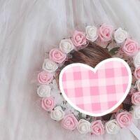 こちらのデコうちわの周りに付いている造花はどこで購入できますか?