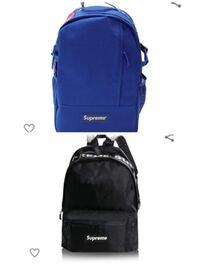 通学用のリュックについて。 高校生です。通学用にリュックを購入しようと思っていて、supremeのリュックにしようと思っています。 無難に黒かなと思いましたが、面白みがないなと思ってしまいました。でもこの青...