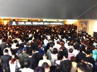 川崎市の武蔵小杉駅周辺はタワーマンションが13棟あり、現在も建設しており、朝ラッシュの時間帯には駅前に行列も出来るので仙台駅周辺より都会ですね? https://m.youtube.com/watch?v=RSzJBFM34MI