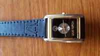 ルイヴィトンのレディース腕時計だと思うのですが 詳しい種類など年代がお分かりになる方いないでしょうか。 おられましたら教えて頂きたいです。 よろしくお願いします。