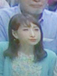 大相撲千秋楽 最前列の砂かぶりにいるこの人は誰ですか