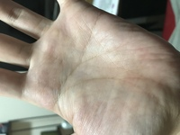 両手ますかけです。これは左手。右手はこの後の質問にあります。手相マニアです。 鑑定出来る方いらっしゃる? 良い意見はコイン500枚。