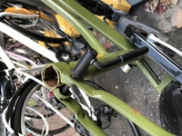 自転車のサドルの盗難にあったのでサドルを買うのですがこの状態だとサドルのみの購入でよいでしょうか。 なにか別途パーツが必要ですか。 また、ほかに気をつけることがあれば教えてください 。