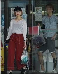 欅坂46を卒業した志田愛佳は彼氏とお揃いのタトゥーを入れてますか?