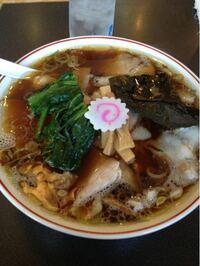東京の青島食堂 秋葉原店のラーメンって美味しいですか? 長岡市の青島食堂に行った時は、まあまあ美味い程度の認識だったのですが、秋葉原店は長岡市の青島食堂の味と違いますか?