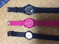シチズンやカシオの1000円位の腕時計。 こういうのって、電池交換どうしたいいのでしょう? 自分でできます?