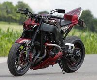 ストファイカスタムのバイクのこういうヘッドライトってどこで買えるんですか?