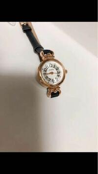 この時計は就活でありだと思いますか? 紺色ベルトでスーツは黒色です。