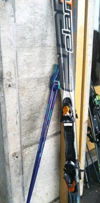 この古いスキー板でも、急斜面でショートターン上手にできますか?新しいのにするべきですか?