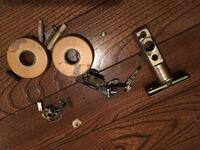 ドアノブのレバーとラッチ?が壊れました。 同じ規格?代用できるラッチは売ってますでしょうか?