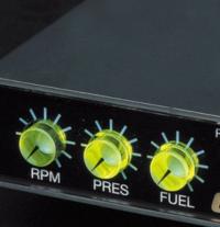 take offのパーフェクトドライブについて質問があります。 このPRESとFUELがよくわかりません。 一番左は回転数で設定した回転数になると 燃料増強みたいなのが始まるみたいですが およそ3000回転でPRESが時計15時の辺り、FUELが11時の辺りの設定をよく見ましたが 加速をどうすると早くなるのか教えてほしいです。 PRESは燃料が薄い濃いやFUELはその点火時期? 誰か助けてく...