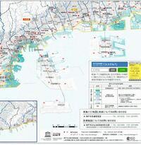 神戸在住です。南海トラフ地震の際の津波について教えてください。 神戸に、六甲アイランドやポートアイランド、神戸空港という海に浮いた埋立地があるのですが、 そこの津波ハザードマップ を見ると、大半の部分に津波が到達しない予想でした。 (↓画像添付してあります)   逆に普通の陸地のほうが津波が到達する予想なのですが、これはなぜなのでしょうか?不思議です。 詳しい方教えてください。