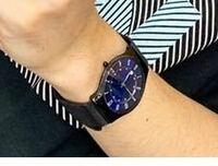 Official髭男dismの藤原聡さんの腕時計が何かわかる方いらっしゃいませんか? 腕時計に詳しい方特定お願いします!!