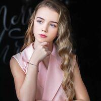 このロシアのモデルの名前知ってる方教えてください。
