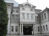 夏目漱石の坊ちゃんを読む限り、明治時代の東京物理学校(東京理科大学)は入学が比較的易しかったのですか?
