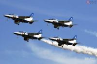 ブルーインパルスの飛行は人々に希望を与えたと思いますか?