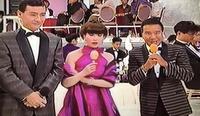 TBSのザ・ベストテンです。 画像は左から久米宏さん、黒柳徹子さん、もう1人の男性は?  分かるかたよろしお願いします。