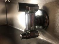 都市ガス用ガムホースについて教えてください。  画像のガス栓に合うゴム管ソケットのメーカーや品番など教えてほしいです。 ハーマンのJG200D、ゴム管用ソケット(内径9.5mmゴム管用)ストレ ートタイプを購入...