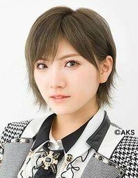 整形に詳しい方に質問です。 AKB48の岡田奈々ちゃんって昔のロングの頃と今と比べて二重幅が大きくなったように見えるのですが、整形しましたか? 今はメイクでも二重幅大きく見せることはで きますが、昔は奥2...