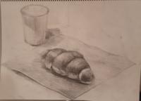 デッサンしました。パンと紙コップです。アドバイスおねがいします。 (1時間半ぐらいです。)