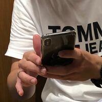 このiPhoneの種類は何でしょうか?!
