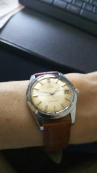 このオメガのシーマスターは状態が悪いのでDバックルに変えても4万以下でした!これは買いだったでしょうか?またこれは中古時計ですか?アンティークウォッチに入りますか?