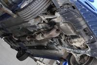 中古車下回り錆びについて  カーセンサー等で下回りを見たのですが、こちらの車は所々錆びみたいなのがありますが、許容範囲内でしょうか? また、他の画像でドライブシャフトっぽい所?も少 し錆びがあるので...