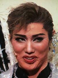彩風咲奈さんが気になって仕方ないです。 こんな奇跡のお顔に恵まれてるジェンヌさんなかなかいませんよね! あなたは彩風さんのお顔のパーツでどこが好きですか?