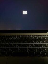 MacBookの画面 ファイルみたいなアイコンに「?」と表示されました どうすれば良いですか