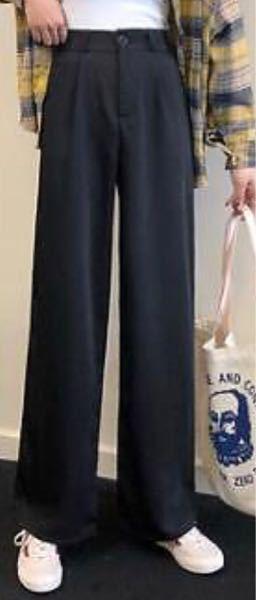 このズボンって何と合わせたら韓国っぽくなるでしょうか? 普通に似合う合わせ方も教えて欲しいです!