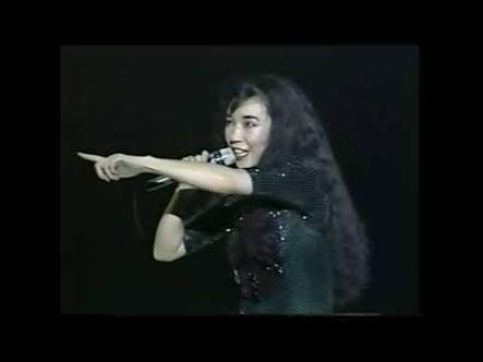 「ダンデライオン~遅咲きのたんぽぽ~」は 松任谷由実さんと原田知世さん どちらが好きですか?