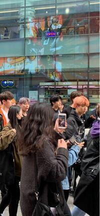 韓国のアイドルですが、グループ名を教えてください。 (2019年4月撮影)