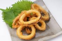 イカのリング揚げと鶏の唐揚げ どちらが好きですか?