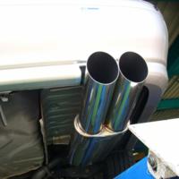 もしも直管マフラーを取り付けた車をアクセル全開にしたらどれくらい大きな音が出ますか?