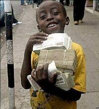このジンバブエドルで、ハロウィンジャンボ枚宝くじが何枚買えるかな?  もしかして、ボッチには売らない?