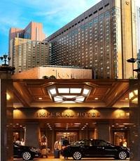 韓国人は帝国ホテルだと嫌で、インペリアルホテルだとOKなのですか? 帝国ホテルといえば、日本で最も格式のある超高級ホテルといっても過言ではないですよね!  帝国ホテルのスイートルームには、かの有名なマリリン・モンローやチャップリンも宿泊しました。  そんな日本人なら一度は宿泊に憧れるだろう帝国ホテルですが、韓国人旅行客には帝国ホテルはそのままでは敬遠されてしまうと聞きました。  それは「帝国...