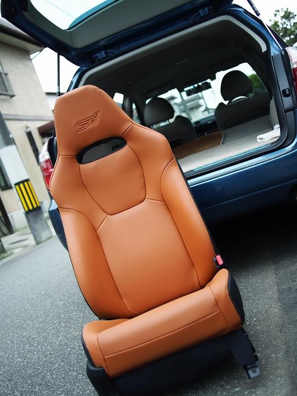 車の電動シートをモバイルバッテリーで動かす事は可能ですか? もし家庭で動かしたい場合は、どのようにするべきですか?