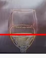 このグラスのメーカーはどこでしょうか? 先日放送されたダウンタウンなう特別編で、小池栄子さんの前に置いてあったグラスが面白い形をしていました。このグラスのメーカーをご存じでしたら教えて頂きたく、...