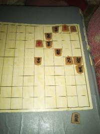 この詰将棋 出題された当時  プロ棋士は何分ぐらいかかったでしょうか?  例えば、詰将棋を解くのが趣味の三浦九段  答えを知ってる方は解答をご遠慮ください。  初見の時、正解したか?不正解か?  その当時のこ...