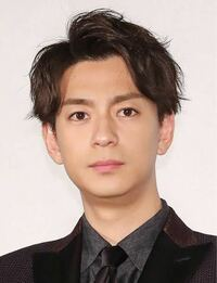 僕の目は三浦翔平と同じ感じの目なんですけどこれって二重ですか?